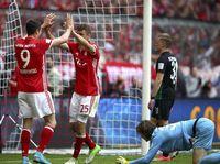 Lumat Augsburg, Bayern Makin Nyaman di Puncak Klasemen