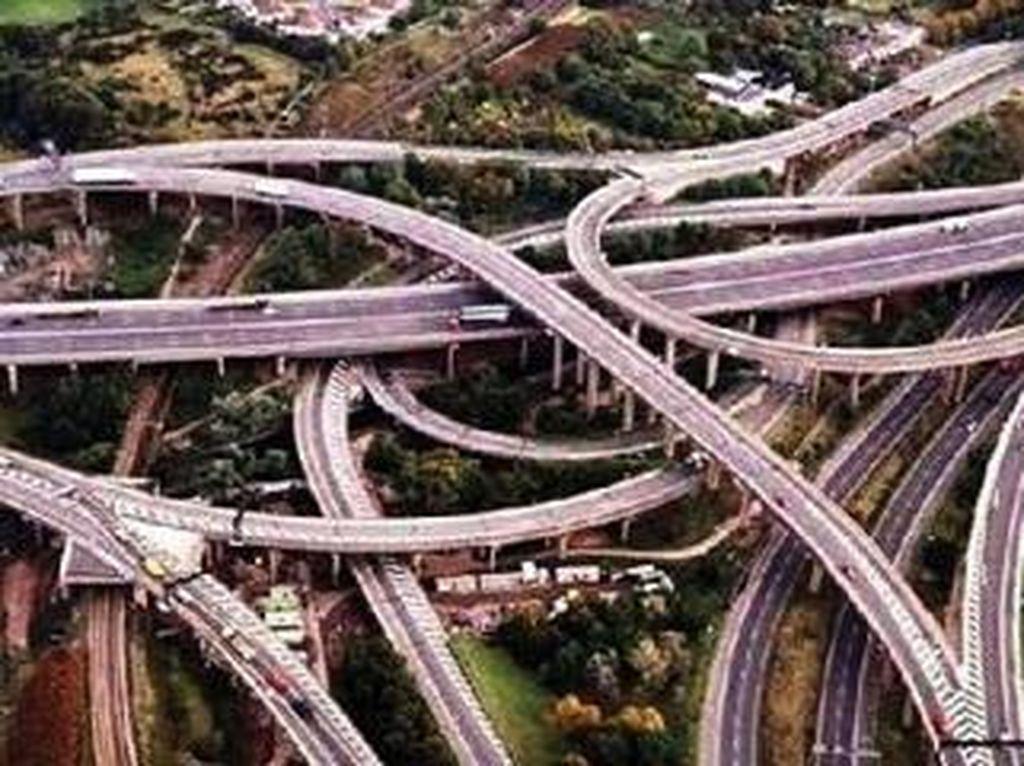 Kemen PUPR Dukung Akses Pariwisata Lewat Pembangunan Enam Jalan Tol Baru