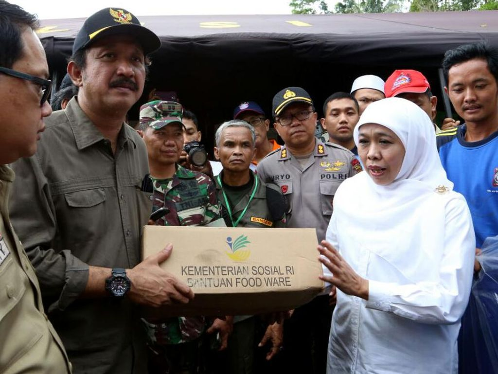 Mensos Salurkan Rp 1,34 Miliar untuk Korban Longsor Ponorogo