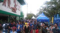 Peluncuran Tim Persib, Bobotoh Mulai Serbu Stadion Siliwangi