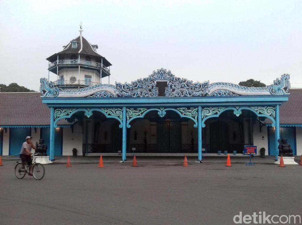 Menata Kembali Kerajaan Adat Nusantara