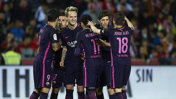 Barcelona Menantang Keangkeran Juventus Stadium