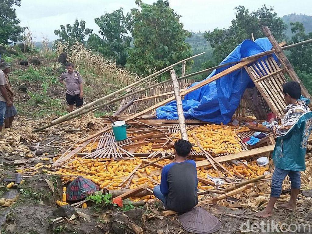 5 Petani di Gowa Tewas Tertimpa Pondok