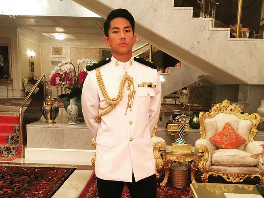 Foto: Tampannya Pangeran Mateen, Pewaris Kerajaan Brunei