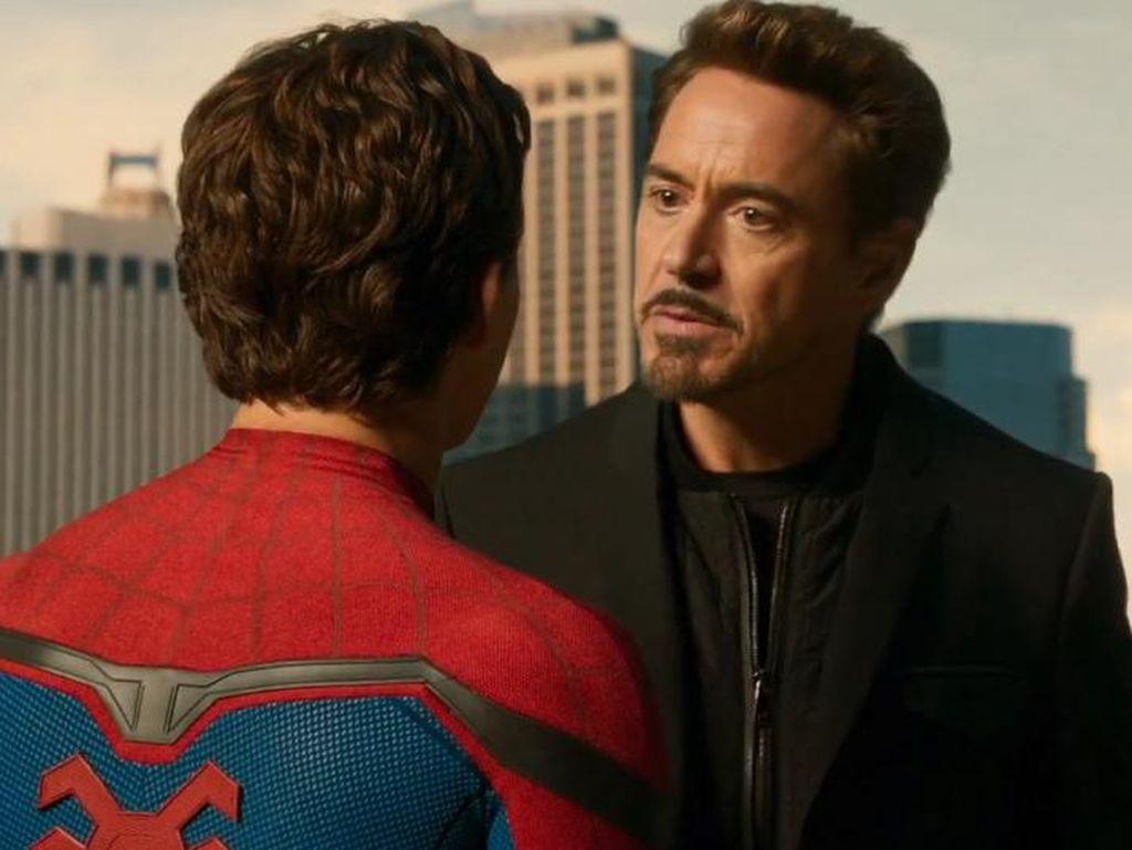 Peter Parker Belajar Apa dari Tony Stark?