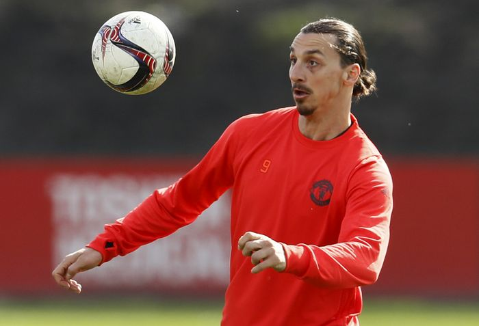 Britain Soccer Football - Manchester United Training - Manchester United Training Ground - 15/3/17 Manchester Uniteds Zlatan Ibrahimovic during training Action Images via Reuters / Jason Cairnduff Livepic