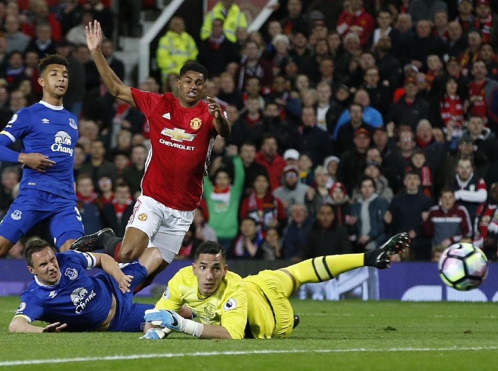Everton Vs MU: Rashford Buru Gol Pertama ke Gawang The Toffees