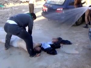 Survivor Gas Sarin Puji Serangan Rudal AS ke Suriah