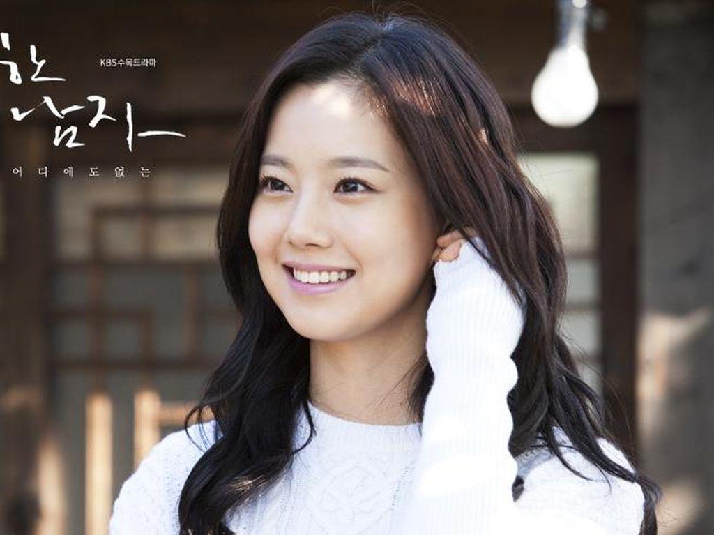Pria yang Ngaku Kekasih Moon Chae Won Terancam Bui 10 Tahun