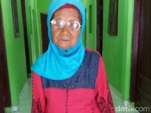 Nenek Fatimah Asal Sumbar Ditemukan Kebingungan di Dumai Riau