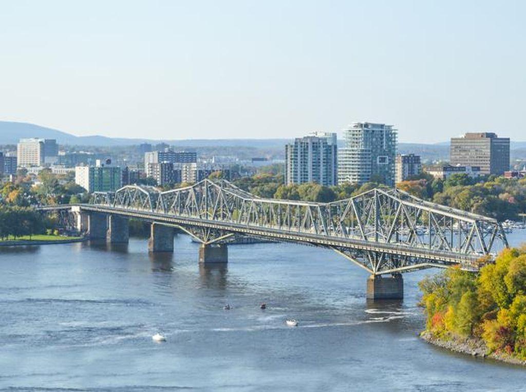 Kanada Godok Aturan Turis Asing Wajib Karantina di Hotel 3 Hari