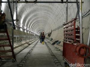 Naik MRT, Lebak Bulus-Bundaran HI Hanya 30 Menit