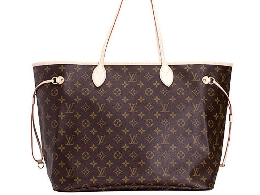 Viral, Pria Gunting Tas Louis Vuitton Rp 98 Juta karena Kesal Diremehkan