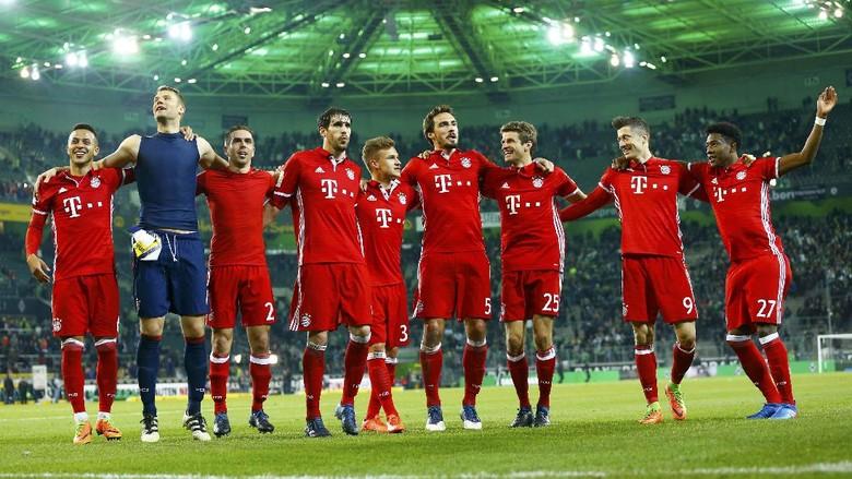 Perbincangan soal Treble Warnai Ruang Ganti Bayern