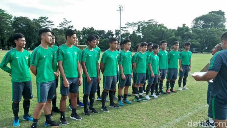 Timnas U19 Menang atas Patriot Candrabhaga