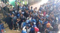 Ribuan Bobotoh Mulai Padati Stadion GBLA