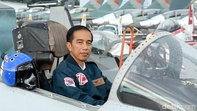 Jokowi: Pembangunan Bandara Kertajati Kurang Cepat