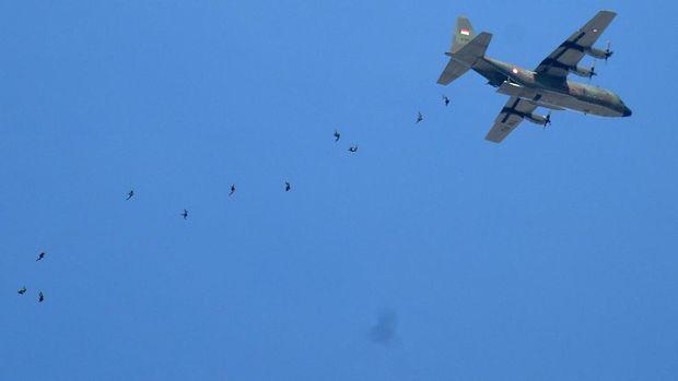 Indonesia berniat kembali membeli pesawat angkut Hercules dari AS.