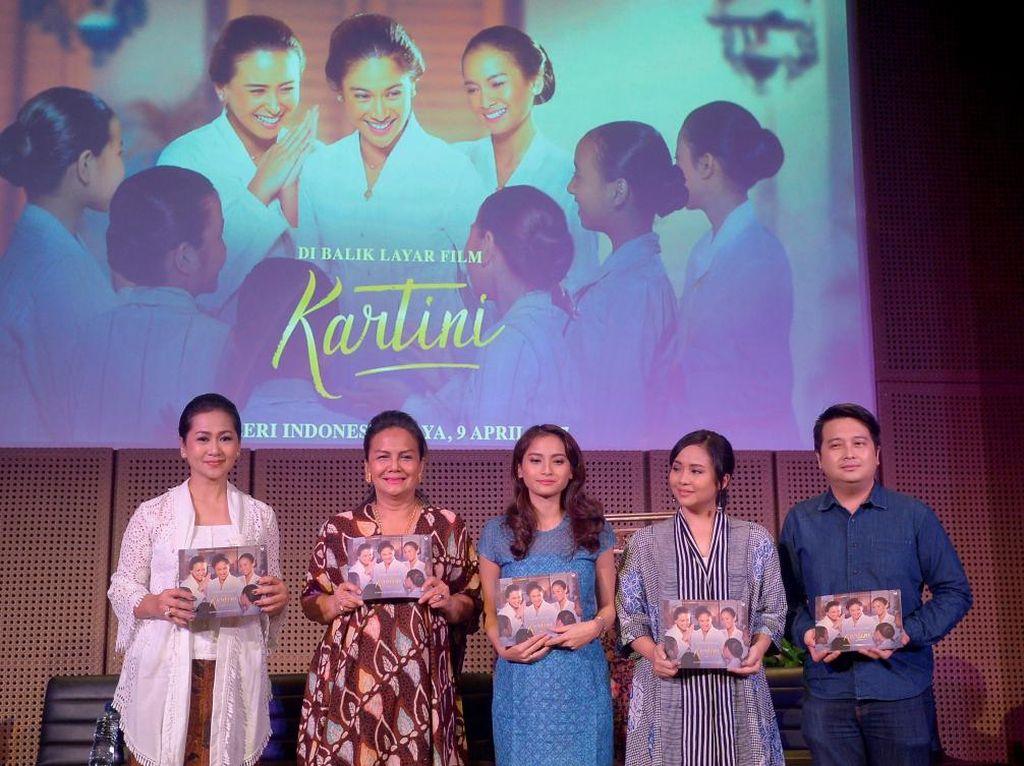 Jelang 19 April, Buku Di Balik Layar Film Kartini Diluncurkan