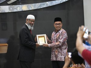 Wali Kota Makassar Jamu Makan Malam Zakir Naik