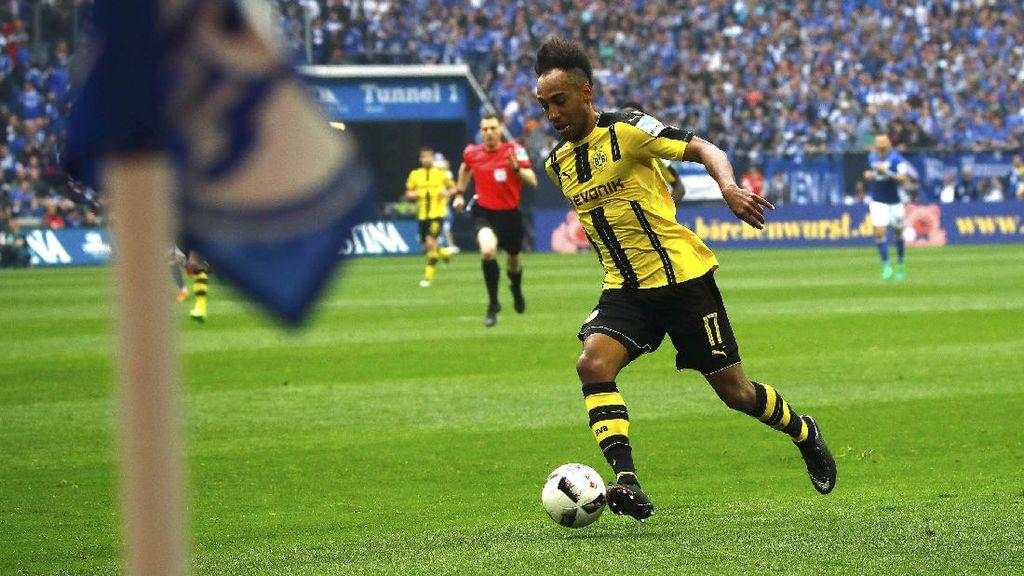Aubameyang Mengaku Bingung Dihukum Dortmund