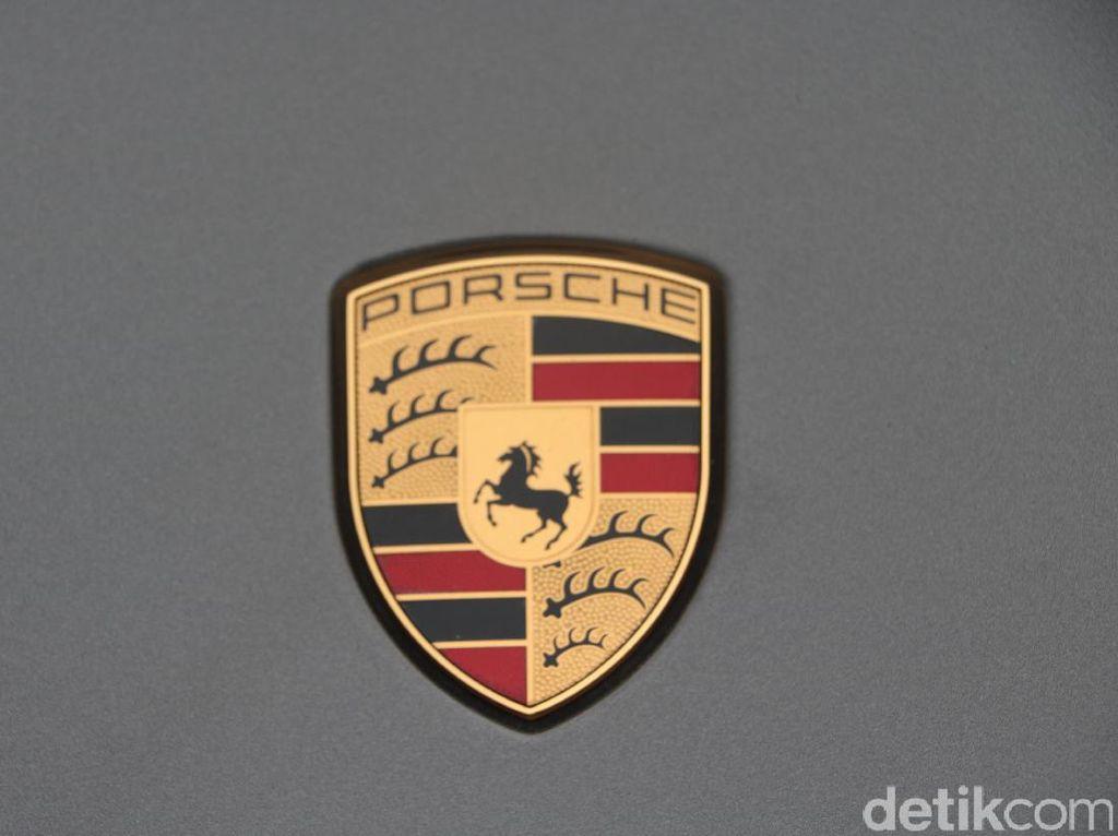Nah Lho, Porsche Dicurigai Akali Data Emisi Gas Buang