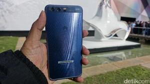 Huawei P10: Performa Biasa, Kamera Luar Biasa