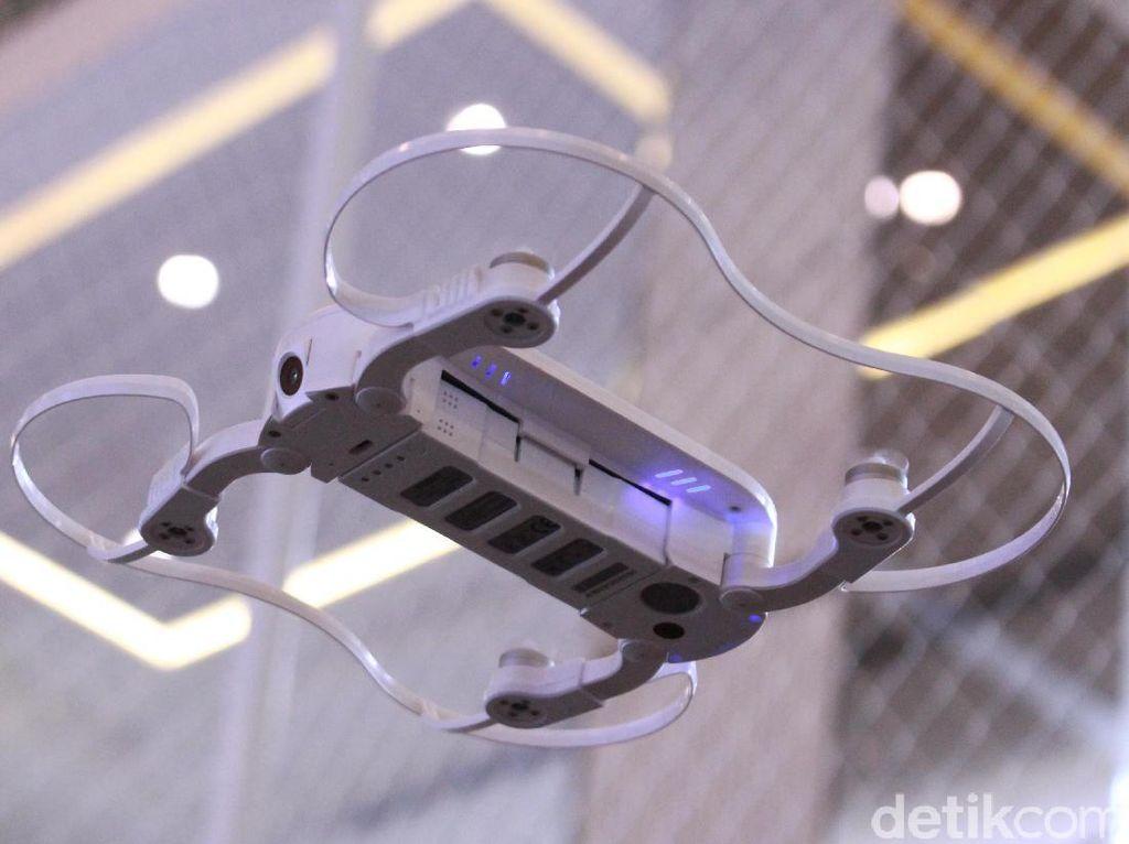 Aksi Drone Selfie yang Bisa Dikantongin