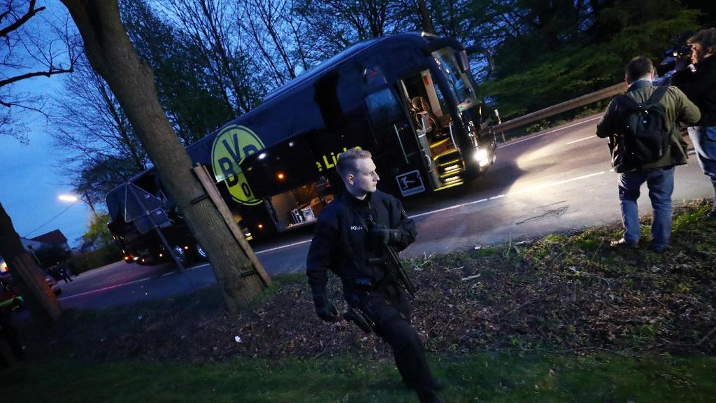 Pihak Keamanan: Ledakan Dekat Bus Tim Dortmund Bukan Serangan Teror