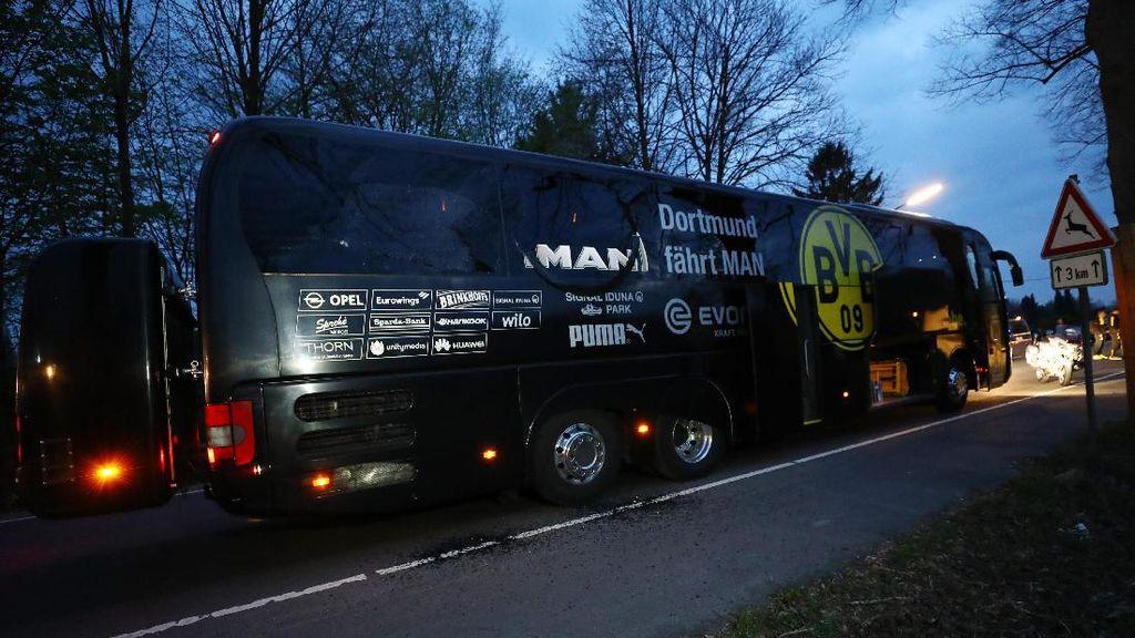 Suasana Penyisiran TKP Ledakan Bus Dortmund