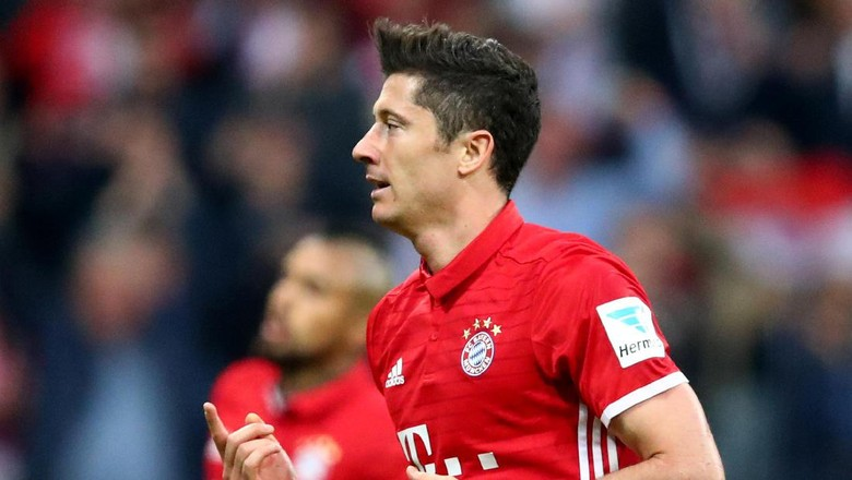 Lewandowski Desak Bayern Belanja Musim Panas Ini