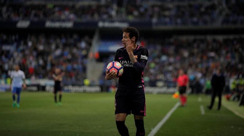 Diskors Tiga Laga, Neymar Absen Lawan Madrid
