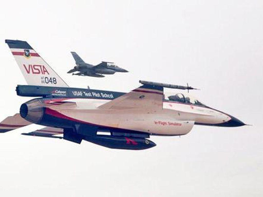 Amerika Uji Pesawat F-16 Tanpa Pilot