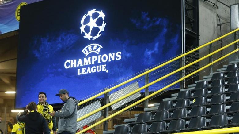 LagaDitunda, Fans Monaco Nyanyikan Dukungan untuk Dortmund