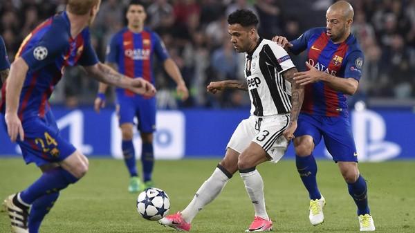 Dani Alves soal Kepulangannya ke Camp Nou