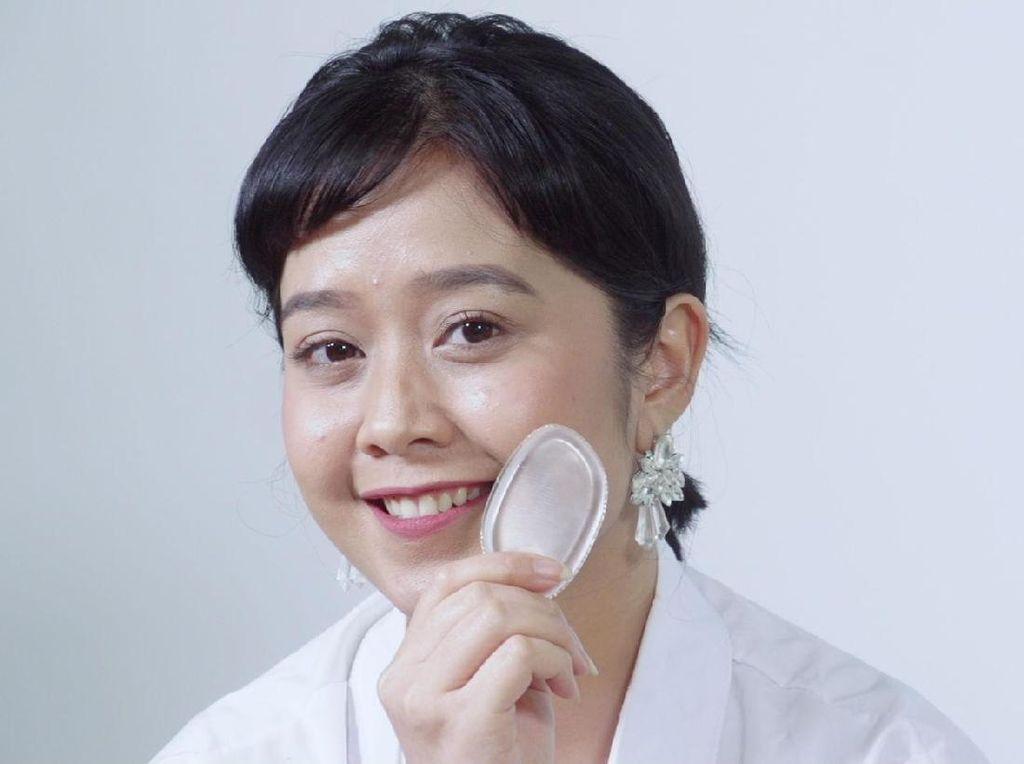 Video: Mencoba Makeup Pakai Silikon, Berhasilkah?