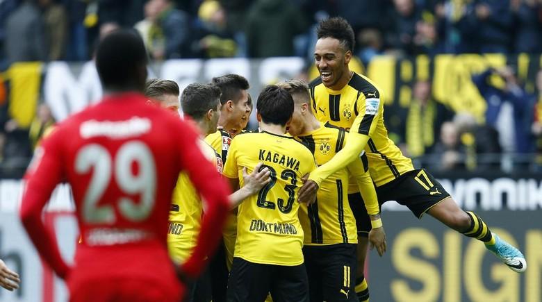 Dortmund Bekuk Frankfurt 3-1
