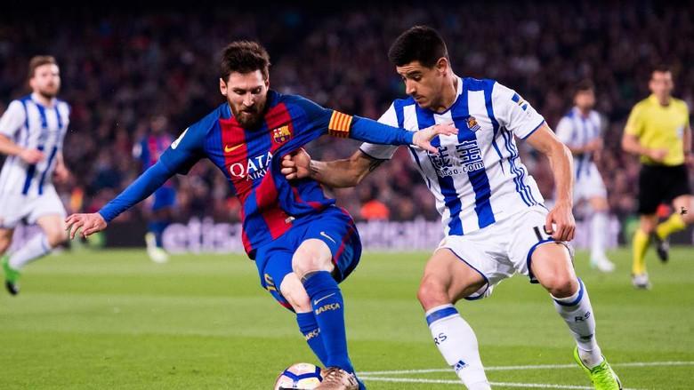 Messi Dua Gol, Barcelona Atasi Sociedad 3-2