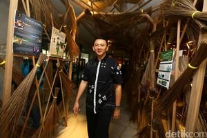 Ahok Tinjau Jakarta Creative Hub