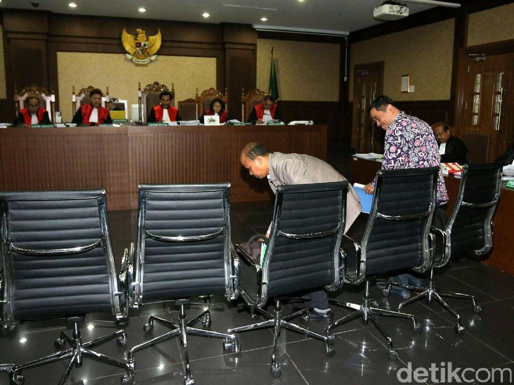 Sidang e-KTP Ditunda, 4 Saksi Batal Beri Keterangan