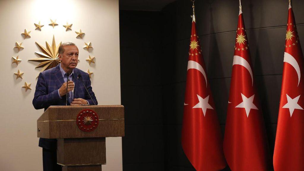 Erdogan Tolak Kritikan Atas Kemenangannya dalam Referendum