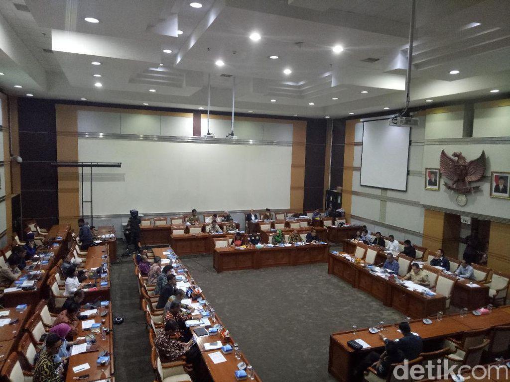 Agus Rahardjo Datang, Komisi III DPR Lanjutkan Rapat dengan KPK
