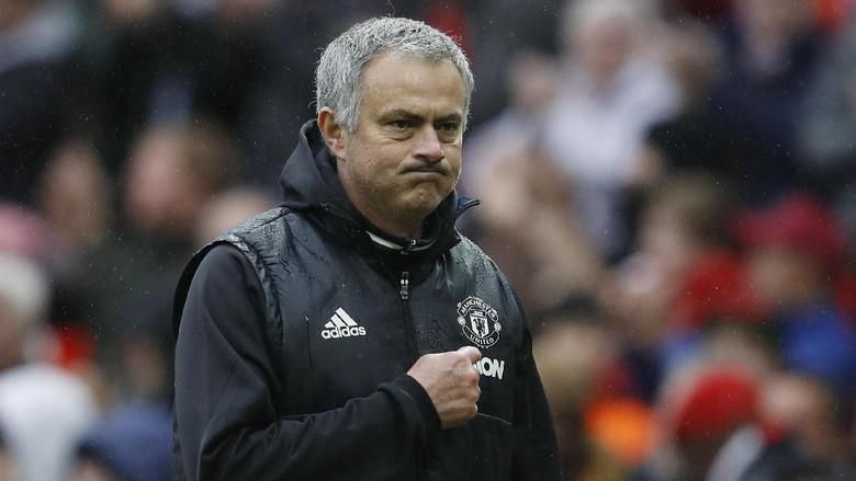 Kemenangan atas Chelsea Tak Beri Mourinho Kegembiraan Ekstra
