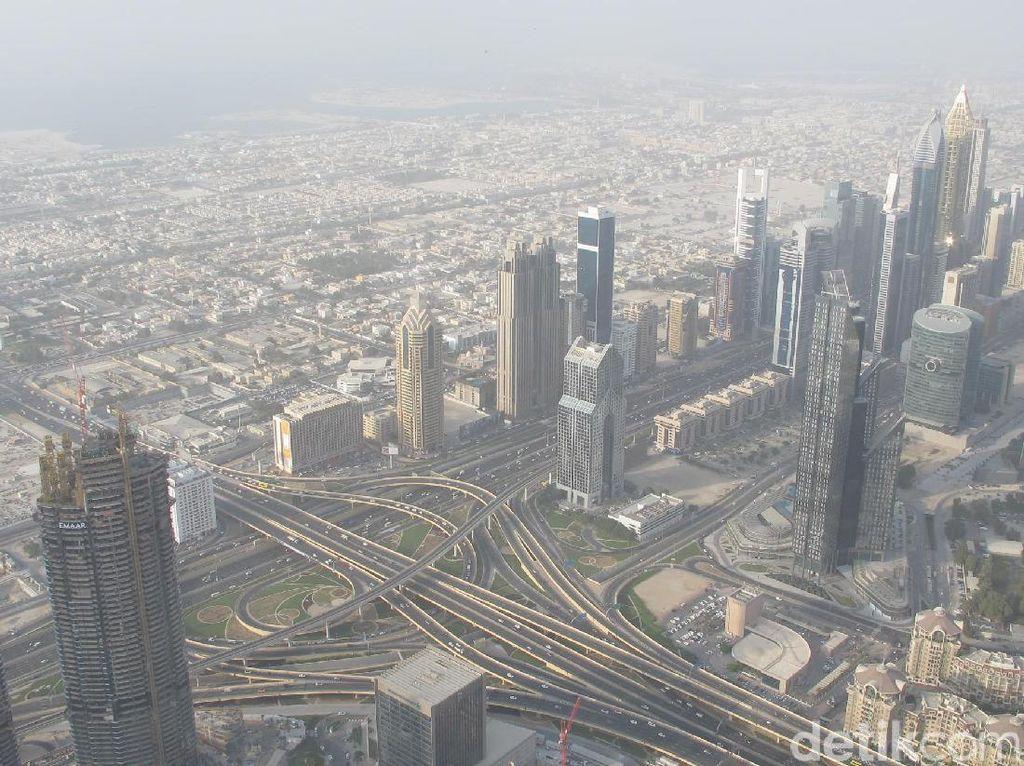 Sensasi Panorama Gedung Tertinggi Sedunia Burj Khalifa