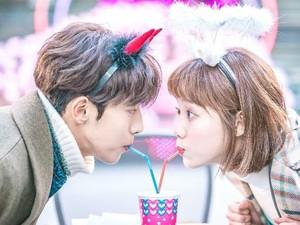 Selamat! Nam Joo Hyuk dan Lee Sung Kyung Resmi Pacaran