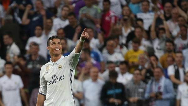 Zidane ke Suporter Madrid: Setop Mencemooh Ronaldo!