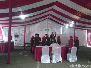 Hasil Sementara, Anies-Sandi Ungguli Ahok-Djarot di TPS Megawati