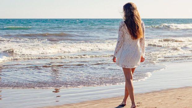 Ilustrasi Liburan ke Pantai