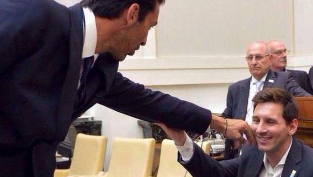 Gagal Bongkar Juventus, Barcelona Jadi Bulan-bulanan