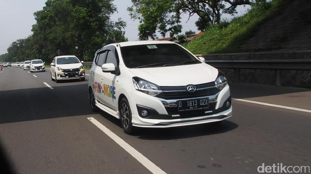 Test Drive Daihatsu Ayla Model Baru
